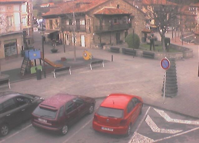 webcam Plaza Cabezon de la Sal Saja-Nansa