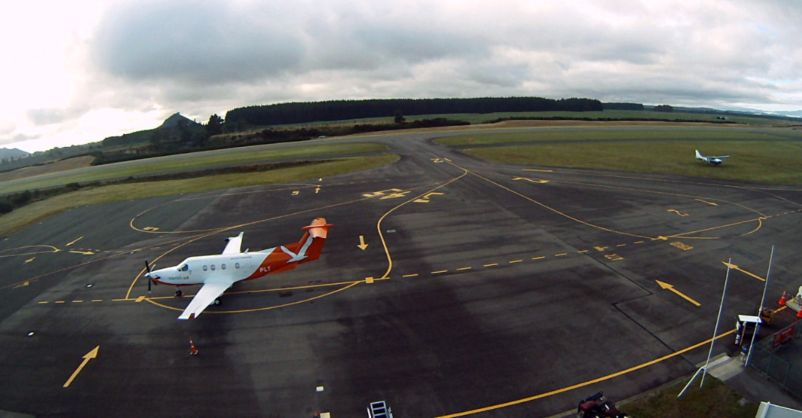 Webcam Taupo Airport